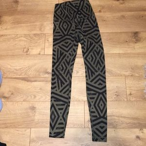 Lululemon Aztec Wunder Under legging